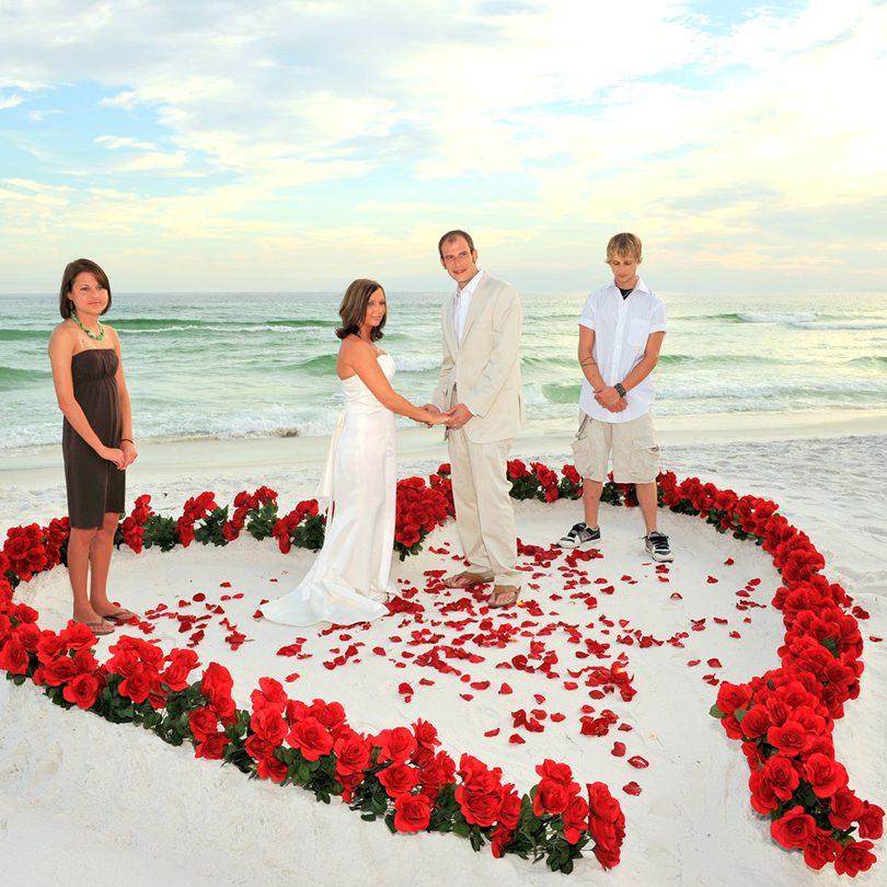 Accesorii pentru nunta, petale de trandafir pentru diverse evenimente