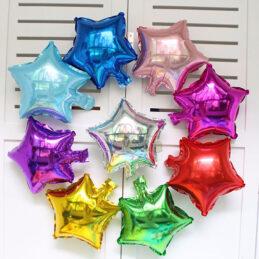 mini baloane în formă de steluţă